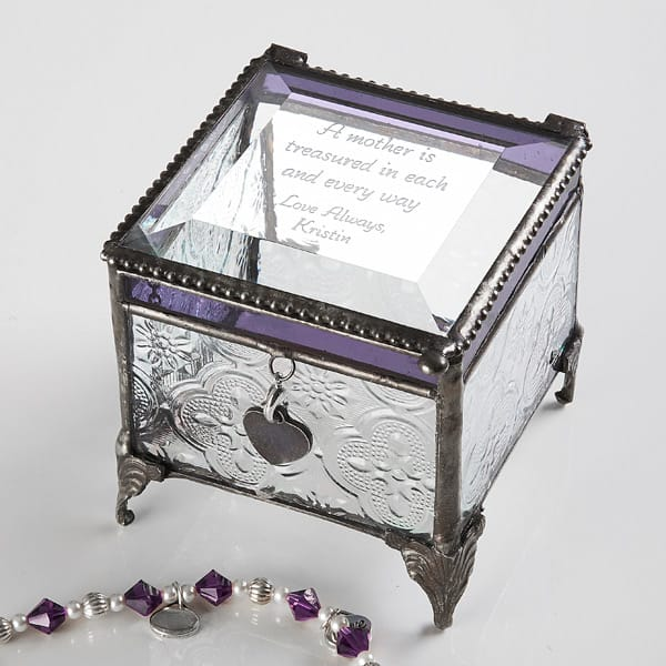 Looking for a sentimental birthday gift for Mom or Grandma?  Engrave a heart-felt message of love on this delicate jewelry box!