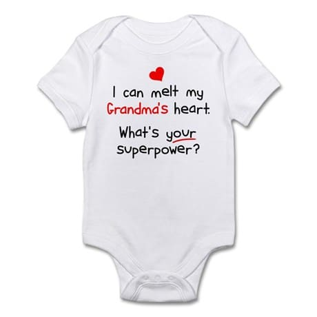 How cute is this adorable baby onesie?  Perfect baby shower gift for the first time Grandma!