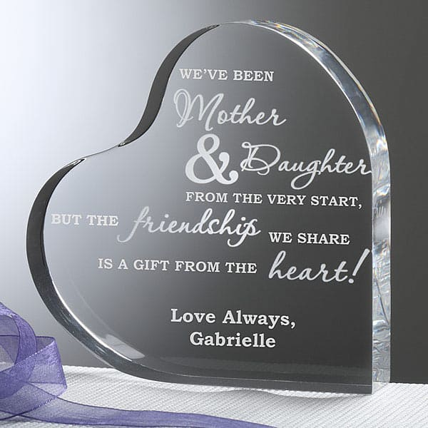 Delight Mom this year with this sweet heart keepsake that celebrates the unique mother-daughter bond. A sentimental gift that Mom will treasure for a lifetime!