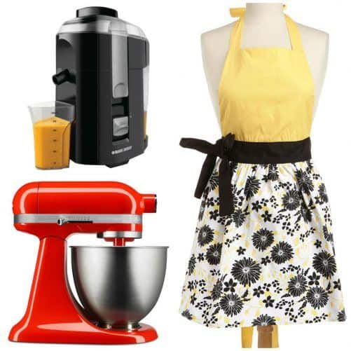 Shopping for a woman who loves to cook? Check out Amazon's Top Gifts for Cooks and Bakers for a little gift inspiration!
